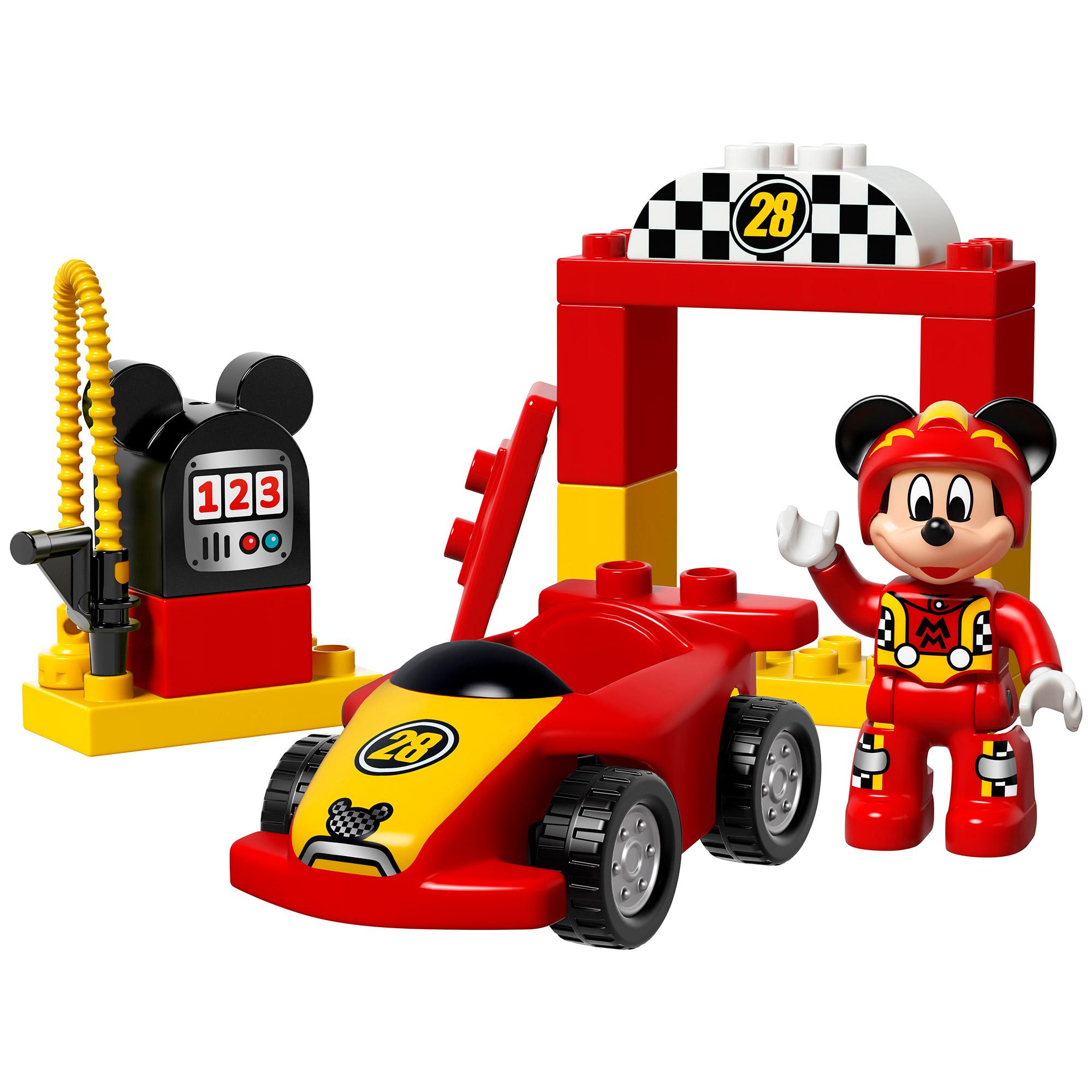 Masina de curse Mickey...